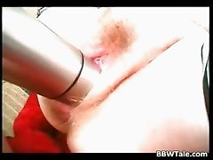Fat horny slut enjoys in big dildo