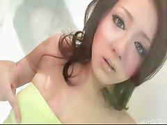 Rui Natsukawa toys her pussy till she explodes
