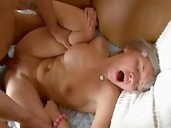 Hardcore fucking on the bigbed with her
