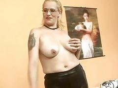 Mature bitch gets fisted very hard