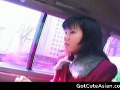 Eri Minami shows her sexy