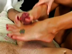 cumshots: Toe Grippers 1